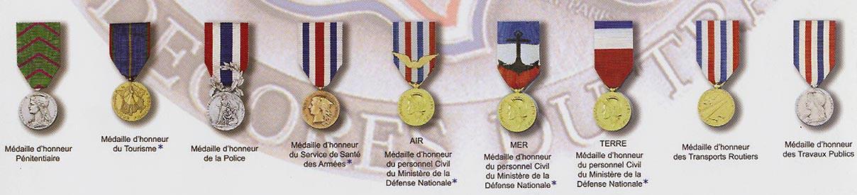 Medailles Et Decorations Des Decores Du Travail